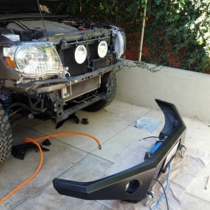 Winch (M8000) mounted in bumper