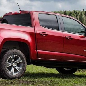 2015-chevrolet-colorado-reveal-jack-of-all-trades-cnt-well-1-1480x551