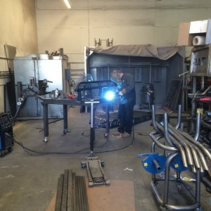 Jerry welding up my new sliders:woot: