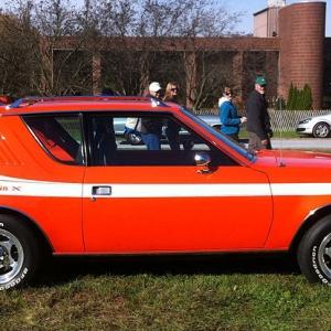 800px-1977_AMC_Gremlin_X_-_Hershey_2012_d
