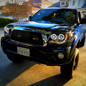 Truck_with_Halos