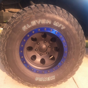 blue and black plastidiped wheels