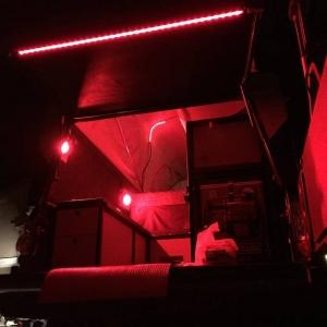 American Adventurist Anti-Dark Custom Lighting Setup