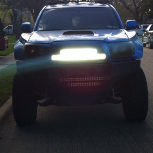 Finally got around to customizing a bracket for these light bars