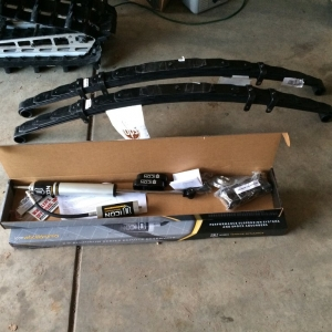 First pieces to rear. Alcan +1 Added stiffness 8 Leaf Leaf Spring set and Icon 2.0 Remote Res shocks