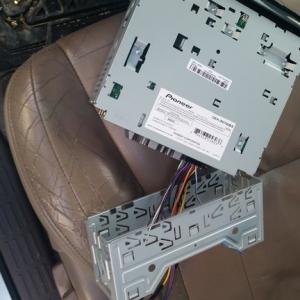 4runner build  - installing aftermarket radio/switch panel