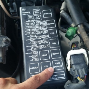 4runner build - Always hot power outlet mod