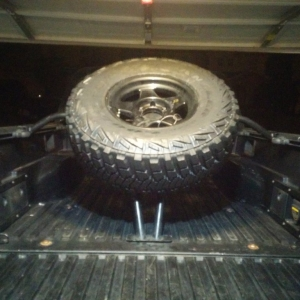 SOS Tire carrier